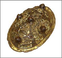 из раннесредневековых слоев Ладоги VIII–X вв.