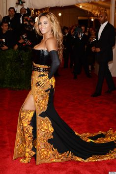 14e65146f7f PHOTOS  Beyonce Closes Out The Met Gala