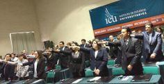 Toman protesta egresados de Maestrías IEU Online