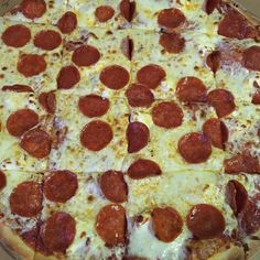 Pepperoni cream cheese party cut style. #buylocal #pizza #LNK https://www.instagram.com/p/BONMprWD3Vv/ via http://lazzarispizzasouth.com/36152