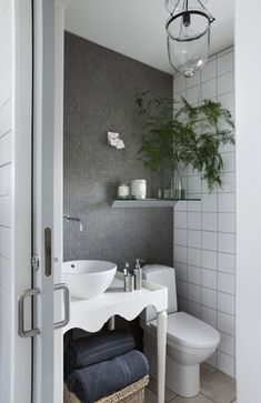 A Cottage In Danmark Only 120 Square Feet For A Family Of Five And One Dog It Shows Clearly That Bathroom Inspiration Bathroom Makeover Beautiful Bathrooms