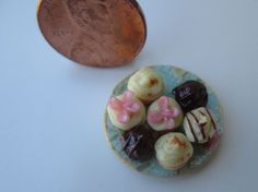 Dollhouse Miniature One Inch Scale Mini Cupcakes by CSpykersMiniatures   Dolls & Bears, Dollhouse Miniatures, Food & Groceries   eBay!
