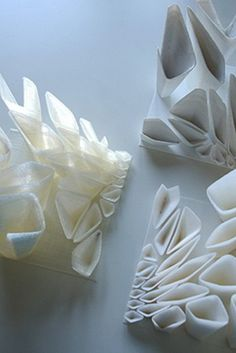 The installation consists of 3160 cells that were divided into more than 800 parts. The installation utilizes and combines the skills and abilities of all the people that helped design and produce it, including algorithm-supported design, 3D printing, video mapping, and designing and programming interactions using Kinect. #3Dprinting #3Dprint #design