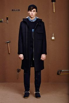 Band of Outsiders, Look #1