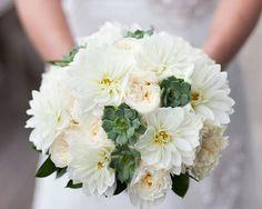 Ramos de novia de color blanco · invitaciones de boda · wedding · love · casaments · invitacions de casament · casaments · bodas barcelona · bodas madrid · bodas andorra · bodas zaragoza