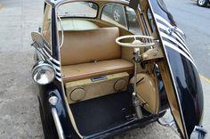 isetta interior Bmw Interior, Bmw Isetta, Las Vegas Blvd, Barrett Jackson Auction, Weird Cars, Small Cars, Collector Cars, Baby Strollers, Classic Cars