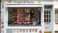 This is the North Acton boutique of Anges de Sucre, anartisan patissier specialising in macarons and marshmallows.In addition to selling the company