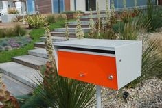 love these mail boxes