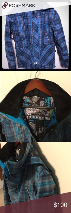 Men's Ride Sodo Snowboard Jacket free pants Men's Ride Sodo Snowboard Jacket. I imported this jacket from the U.K. In 2015. worn 2x brand new. Have to many jackets . List price $500 Blue GREY Electric Blue. Will throw in QuickSilver snowboard pants for free. Pants were $200 new Used for half season then stored for three years. Alot of life left. Jacket is Small. Pants are 16 or men's small ( they run big ) waist 29-32 length is 28-32 Ride Jackets & Coats Performance Jackets