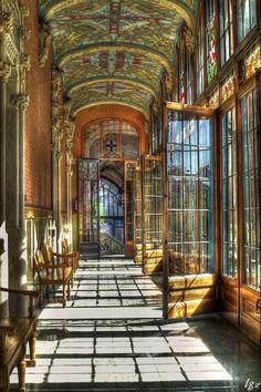 The former Hospital de la Santa Cruz y San Pablo (UNESCO World Heritage Site). Barcelona, Cataluña, Spain.