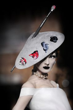 "Stephen Jones for Christian Dior Haute Couture  ""Olga Sherer inspired by Gruau"" Hat  ©Catwalking.com"
