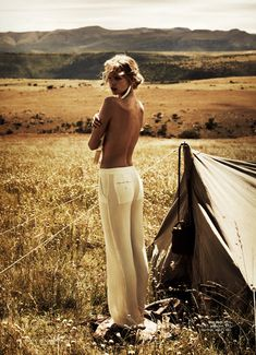 Magazine: Harper's Bazaar Australia, March 2012  Editorial: 'Wanderlust'  Hair: Alan White  Makeup: Kellie Statton  Style: Jillian Davison  Model: Marloes Horst  Photography: Will Davidson