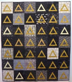 Gold Triangles on Black Halloween Quilt | by Lisa of the Saskatoon Modern Quilt Guild