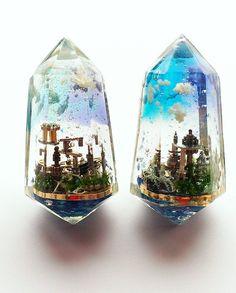 """レジンBOT on Twitter: """"【レジン作品紹介】 時計パーツで作った小さな都市「ねじ島」。 空中に浮かぶ機械的な街はなんとも幻想的です。 製作者:@shihomi2525 https://t.co/5Ef1W5Jbpb"""""""