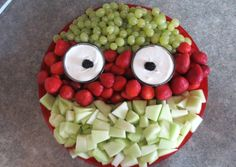 Tmnt party fruit tray--I'll use oranges or a veggie tray and use broccoli, celery and carrots to make Mikey! Ninja Turtle Birthday, Ninja Turtle Party, Ninja Turtles, Turtle Baby, Birthday Treats, 6th Birthday Parties, 4th Birthday, Tmnt, Ninja Party