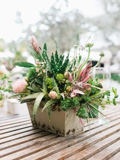 #succulent, #air-plant  Photography: Merari Photography - www.merari.com  Read More: http://www.stylemepretty.com/2014/07/15/modern-garden-wedding-at-the-james-hotel-in-miami/
