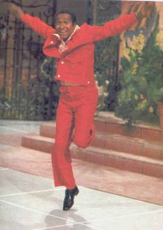 Arthur Duncan - the flying tap dancer from The Lawrence Welk Show. I loved this guy and always tried to tap dance like him when he came on the show! Tap Dance, Lets Dance, Dance Art, The Lawrence Welk Show, 60s Tv Shows, Childhood Memories 90s, Black King And Queen, Thanks For The Memories, Tv Land