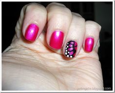 Sally Hansen Hard as Nails Xtreme Wear Hot Magenta, e Nail Art Tip Painter Mysterious Black and White Essence Stampy Polish