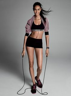 Adriana Lima and Joan Smalls fitness Editorial for Vogue US, April 2015 Joan Smalls, Sport Fashion, Fitness Fashion, Sport Food, Yoga With Adriene, Love Handle Workout, Estilo Fitness, Ju Jitsu, Sport Outfit