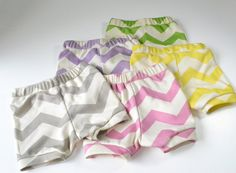 Chevron Baby Bloomers , Diaper Cover , Baby Diaper Covers , Short bloomers , Organic Baby Girl Clothing ,  Baby Shower Gift ,
