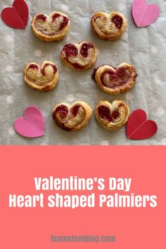 Puff pastry heart shaped Palmiers for Valentine's Day #valentinesrecipes #valentinesday #valentinesdessert #valentinescookies