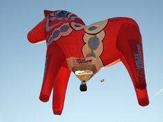 OMGosh! Dala horse hot air balloon.  Where do I go to ride that thing?