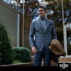 Ceketler ile birlikte giyeceğiniz kazaklar tarzınıza özgür ve farklı bir hava katacaktır!  #Bmigrosavm #fashion #men