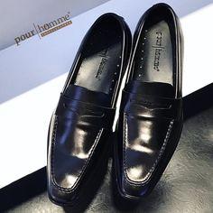Trai Việt chính hiệu Fabriqué au Vietnam Made in Vietnam-Pour Homme - Shoes & Leather254 Lý Tự Trọng Bến Thành Q1 Sài Gòn0909.352.905sales@pourhomme.com.vn#pourhomme #pourhommeleather #vietnam #saigon #loafers #leather #calfskin #vietbrand #vietnambrand #madeinvietnam #slippers #mensfashion #menfootwear #menshoes #mendressshoes #pennyloafers #menstyle