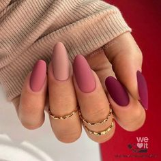 Acrylic Nails Coffin Pink, Simple Acrylic Nails, Fall Acrylic Nails, Acrylic Nail Designs, Almond Acrylic Nails, Matte Nail Designs Ideas, Red Tip Nails, Almond Nails Red, Matte Gel Nails