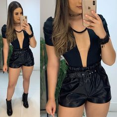 Image may contain: one or more people, people standing and shorts Teen Fashion Outfits, Casual Outfits, Cute Outfits, Womens Fashion, Jessica Gomes, Wedding Bridesmaid Dresses, Ideias Fashion, Fashion Looks, Stylish