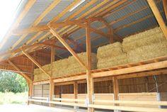 Rinder Stall, Cattle Corrals, Pole Barn Designs, Barn Layout, Cow Shed, Pallet Barn, Goat Barn, Diy Garden Fence, The Barnyard
