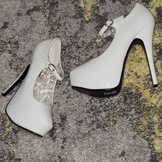 Patent Leather Pumps, Instagram Accounts, Stock Clearance, Heels, Beautiful, Search, Heel, Research, Searching