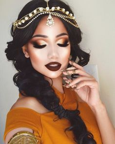 Are you looking for ideas for your Halloween make-up? Browse around this website for creepy Halloween makeup looks. Eye Makeup Tips, Glam Makeup, Makeup Inspo, Makeup Inspiration, Hair Makeup, Gypsy Makeup, Makeup Ideas, Eyeliner Makeup, Arabian Makeup