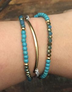 Adjustable Layered Bracelet in 2 Colors: Turquoise or Black