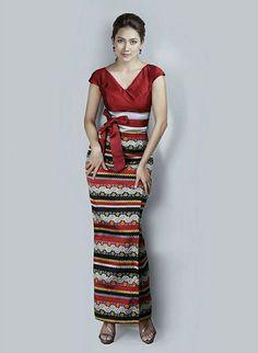 ကြိုးမပါရင်လှမယ် Thai Fashion, Tribal Fashion, Girl Fashion, Traditional Dresses Designs, Traditional Outfits, African Fashion Dresses, African Dress, Myanmar Dress Design, Myanmar Traditional Dress