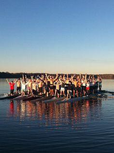 just keep rowing, just keep rowing...: Photo