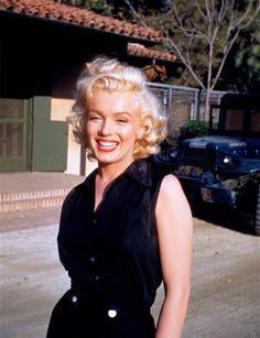 Marilyn Monroe photographed by Harold Lloyd, 1953.