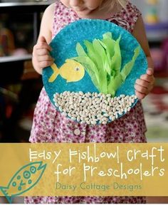 Fishbowl paper plate craft. Too cute!