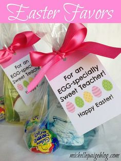 michelle paige: Easter Favors for Teachers, Friends and Family - DIY - Gift Ideas Easter Presents, Easter Gifts For Kids, Easter Crafts, Kids Crafts, Easter Peeps, Hoppy Easter, Easter Party, Easter Class Treats, Easter Bunny