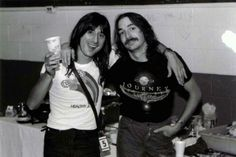 Two Steves :) Steve Smith and Steve Perry Sound Of Music, Music Love, Beautiful Voice, Beautiful Men, Steven Ray, Journey Band, Journey Steve Perry, Wheel In The Sky, Steve Smith