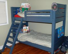 Diy loft bed plans - A loft bed is an easy way to add extra space to a small room. A whole bed can provide additional storage, a bench, a small reading Futon Bunk Bed, Full Bunk Beds, Bunk Beds With Stairs, Kids Bunk Beds, Painted Bunk Beds, Kahrs Flooring, Sharing Bed, Loft Bed Plans, Art Deco