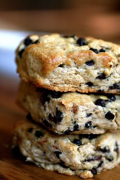 Blueberry maple syrup scones.