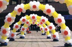 Decorative Flower arch   Balloon Archways   Balloon Decorating   Balloon Saloon