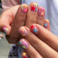 This New Negative Space Nail Trend Will Inspire Your Next Manicure Looking to mix up the usual solid colour on your nails? Skip the base coat altogether and go for negative space nail art — but make it fresh for Minimalist Nails, Hair And Nails, My Nails, Negative Space Nails, Nagellack Trends, Funky Nails, Funky Nail Art, Funky Nail Designs, Star Nail Designs