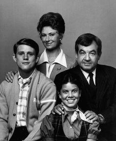 Cunningham_family_Happy_Days_1974.JPG (657×803)