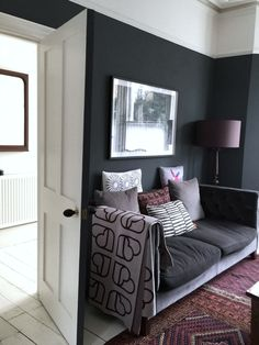 Mad About Paint Effects – Mad About The House - paint the door frame the same colour as the walls Interior And Exterior, Interior Design, Interior Ideas, Half Painted Walls, Mad About The House, Paint Effects, Grey Paint, House Painting, Lounge