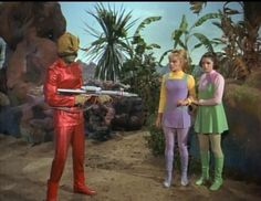 """Lost in Space Season 3 Episode 13 """"Two Weeks in Space """" Sci Fi Tv, Sci Fi Movies, Scary Movies, Space Tv Series, Space Tv Shows, Science Fiction, Monster Photos, 2001 A Space Odyssey, Sci Fi Shows"""