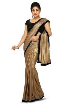 Indian Saree: Online Saree Shopping Made Easy With Latest Designs at Utsav Fashion Latest Indian Saree, Indian Sarees Online, Latest Sarees, Indian Beauty Saree, Half Saree Designs, Saree Blouse Designs, Indian Bridal Couture, Golden Saree, Sexy Little Black Dresses