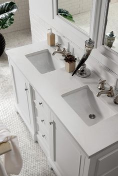 60 De Soto Bright White Double Sink Bathroom Vanity James Martin