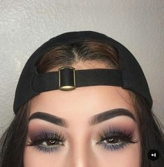 Find images and videos about makeup, eyes and eyeshadow on We Heart It - the app to get lost in what you love. Kiss Makeup, Eyebrow Makeup, Face Makeup, Makeup Stuff, Makeup Trends, Makeup Inspo, Makeup Inspiration, Makeup Goals, Makeup Tips